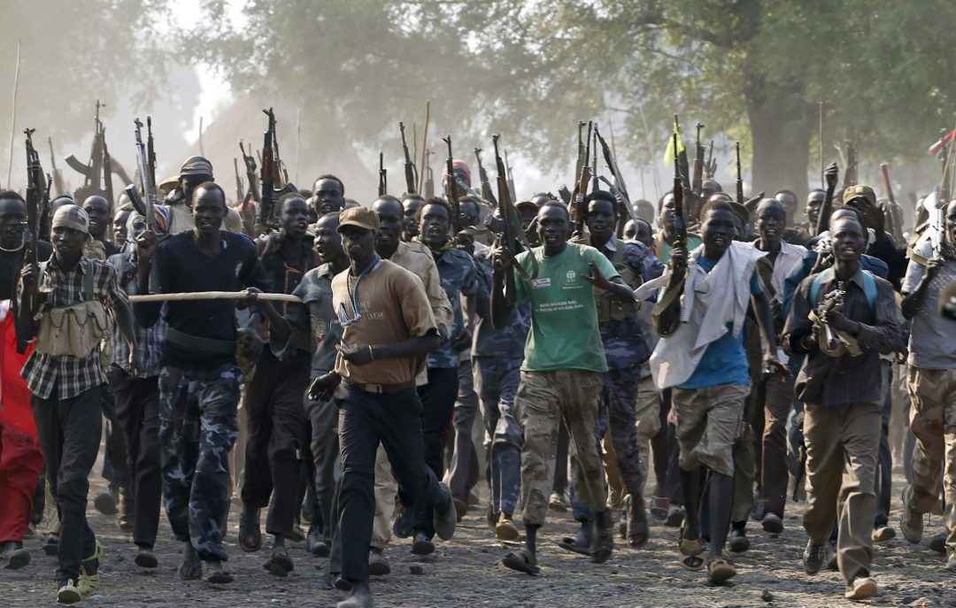 Rebel fighters gather in a village in Upper Nile State February 8, 2014.  REUTERS/Goran Tomasevic
